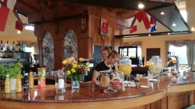 amber-hill-restaurant-02